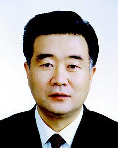 汪洋为市委书记,王鸿举,张轩(女)为市委副书记,当选为市委常委的还有