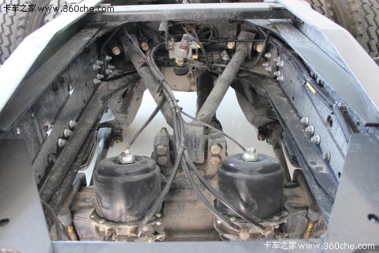 德龙f3000搭载的潍柴蓝擎wp10/wp12发动机,配装