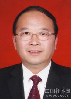 """张裔炯任中央统战部常务副部长src=""""http://i1.ce.cn/district/newarea/sddy/201206/20/W020120203663516479820.jpg"""""""