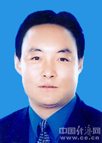 张晓容任海东地委副书记、行署党组书记